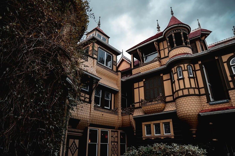 La visite virtuelle de la maison Winchester 3